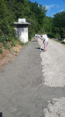 Yeni Mahalle Sıraca Semti'nde Şarampol Betonlama Çalışması Tamamlandı