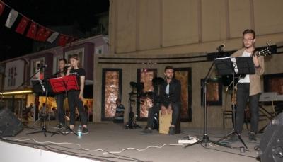 Yerel Sanatçı Konseri Düzenlendi
