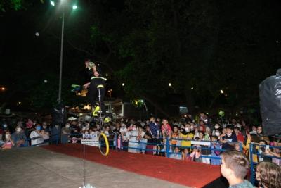 Bayram Etkinlikleri Sirk Gösterileri